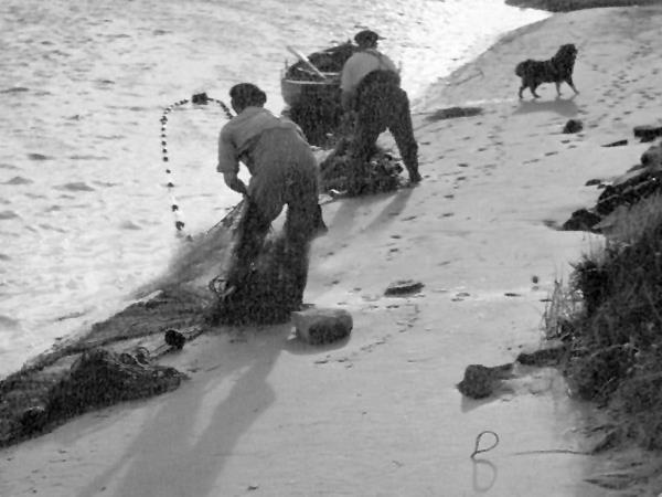 dee-fishermen5-3476bbe6e0e7a84a8df2cef5958804fb085bf9e1